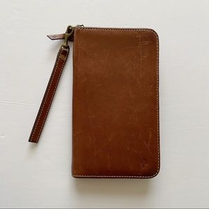 Cole Haan • Large Leather Pocket Book Wallet